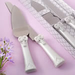Cross and heart design Knife and server set from fashioncraft