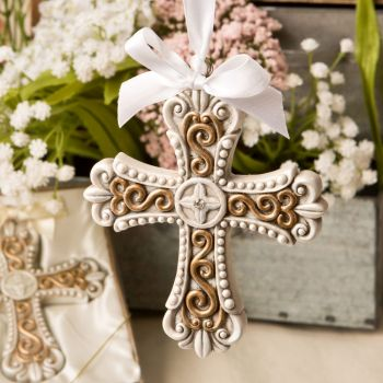 Stunning vintage design cross ornament from fashioncraft