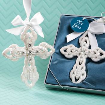 Stunning Cross hanging ornament from fashioncraft
